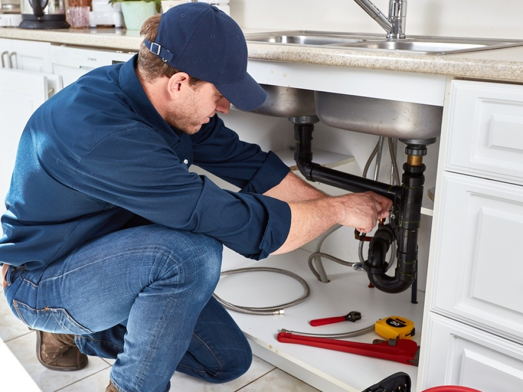Deal With the Hassles of a Plumbing Emergency