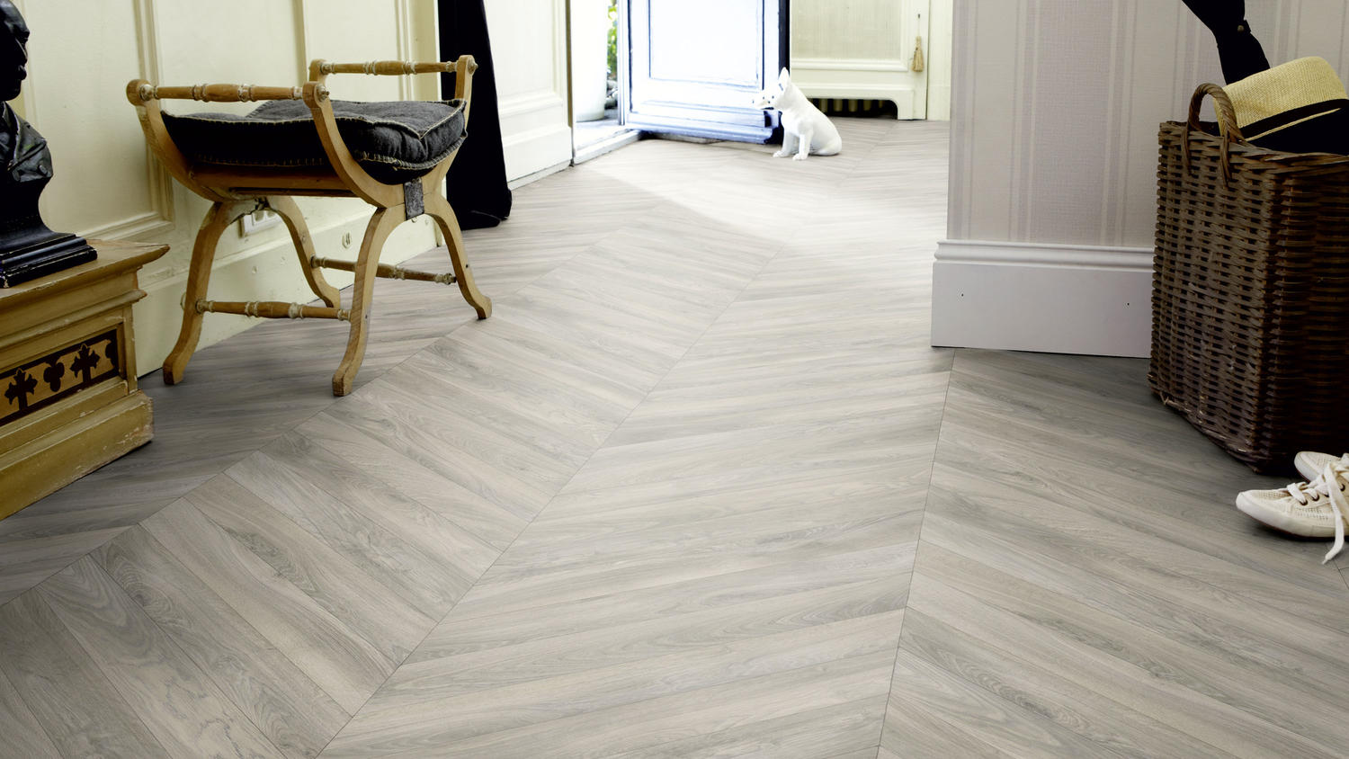 For a Clear And Lovely Atmosphere- Get Vinyl Flooring