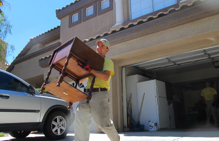 How to Save Money When using Professional Movers