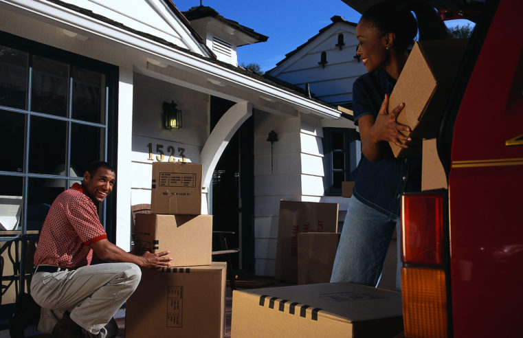 The Position of Packers and Movers