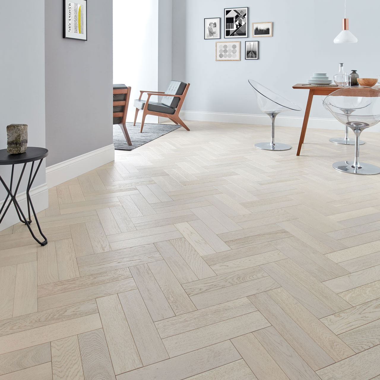 Wooden Flooring Provides The Charming Glow And The Vintage