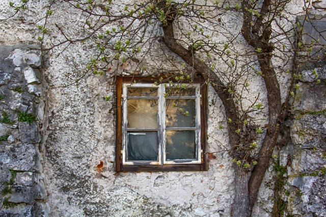 Why It's Best To Leave Window Installation To The Pros