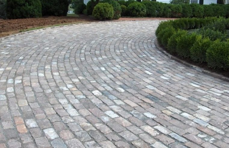6 top reasons for choosing the brick pavers for your driveways