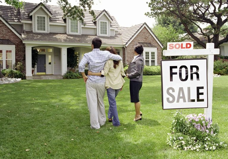 What You Should Know Before Buying Your First House