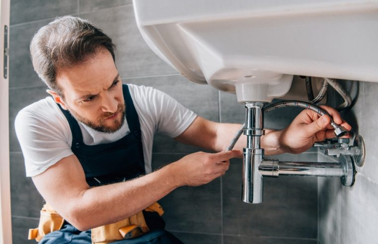 Plumbing Tasks You Should Leave to Professionals