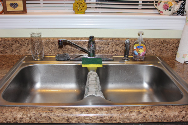 Clever Tips to Prevent Kitchen Sink Drain Clogging