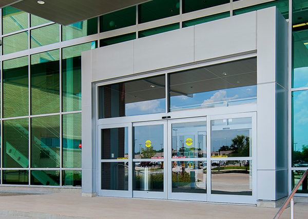 Different Types of Automatic Doors for Commercial Use